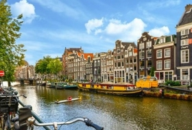 Car parks in Amsterdam - Book at the best price