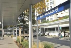 Parkings Gare de Rueil-Malmaison à Rueil-Malmaison - Réservez au meilleur prix