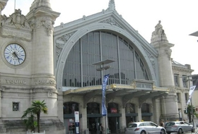 Tours Station car parks in Tours - Book at the best price