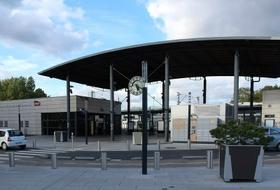Parkings Gare d'Émerainville - Pontault-Combault à Émerainville - Réservez au meilleur prix