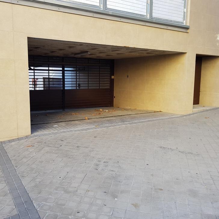 HACIENDA REINA VICTORIA Public Car Park (Covered) Madrid