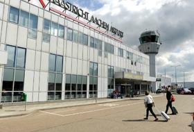 Parkhaus Vliegveld Maastricht Aachen : Preise und Angebote - Parken am Flughafen | Onepark