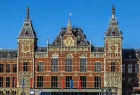 Parkhaus Station Amsterdam-Centraal in Amsterdam : Preise und Angebote - Parken am Bahnhof | Onepark