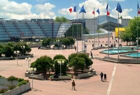 Parkeerplaatsen Het expositiecentrum Paris-Nord Villepinte in Villepinte - Boek tegen de beste prijs