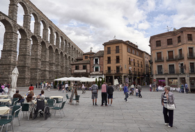 Car parks in Segovia city centre - Book at the best price