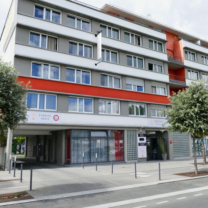 ADONIS PARIS SUD Hotel Car Park (External) Chevilly-Larue