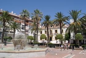 Parkeerplaatsen in het centrum van Marbella - Boek tegen de beste prijs