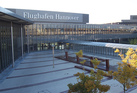 Hannover Airport car park in Hanover: prices and subscriptions - Airport car park | Onepark