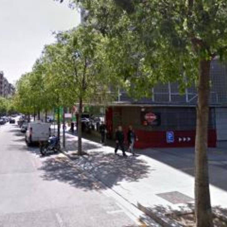 Öffentliches Parkhaus ATENEA (Überdacht) Barcelona
