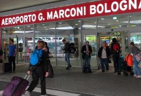 Parking Aéroport de Bologne-Borgo Panigale à Bologne : tarifs et abonnements - Parking d'aéroport | Onepark