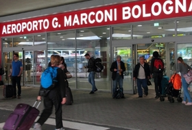Bologna Guglielmo Marconi Airport car parks - Book at the best price