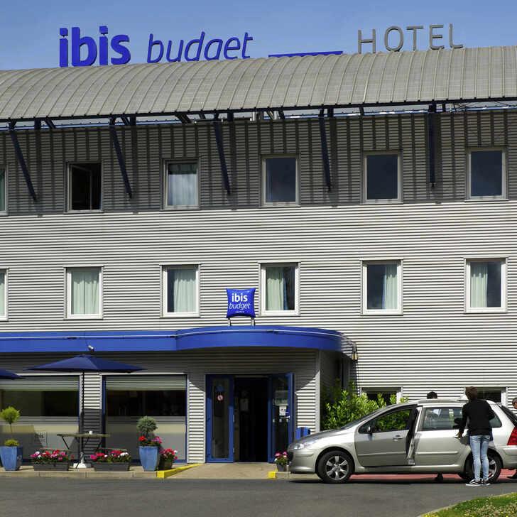 IBIS BUDGET CHARLEROI AIRPORT Hotel Parking (Exterieur) Fleurus, Belgique