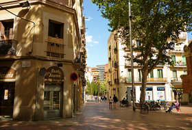 Barrio El Clot car parks in Barcelona - Book at the best price