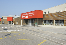 Carcassonne Airport car parks - Book at the best price