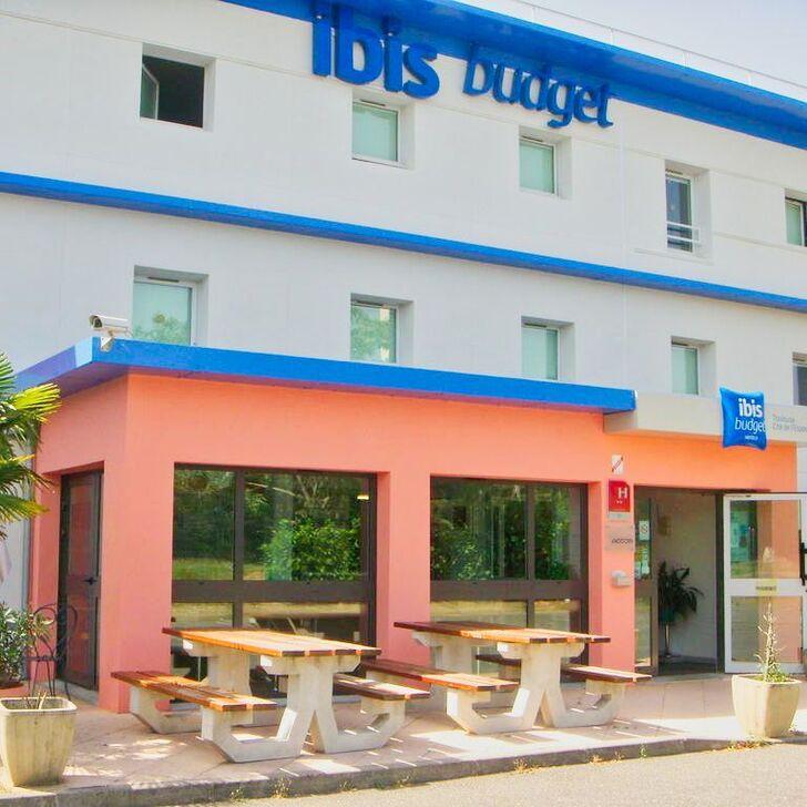 Parking Hotel IBIS BUDGET TOULOUSE AÉROPORT (Exterior) Blagnac