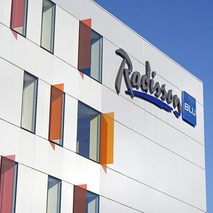 RADISSON BLU HOTEL TOULOUSE AIRPORT Hotel Car Park (Covered) Blagnac