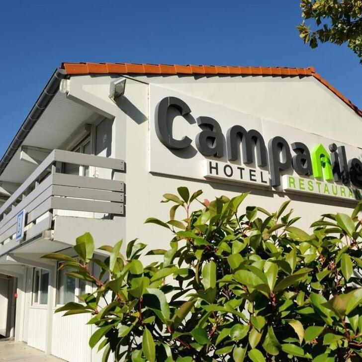 CAMPANILE TOULOUSE - BLAGNAC AÉROPORT Hotel Parking (Exterieur) Blagnac