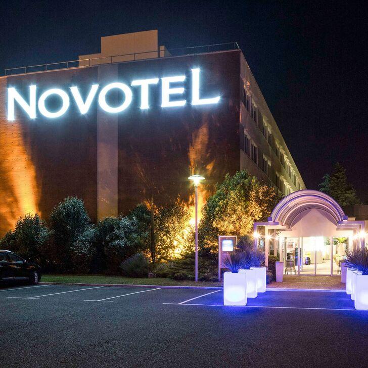 NOVOTEL TOULOUSE PURPAN AÉROPORT Hotel Car Park (External) Toulouse