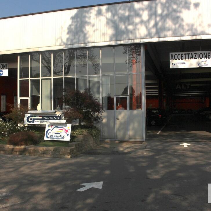 Parcheggio Low Cost GP PARKING (Esterno) Somma Lombardo