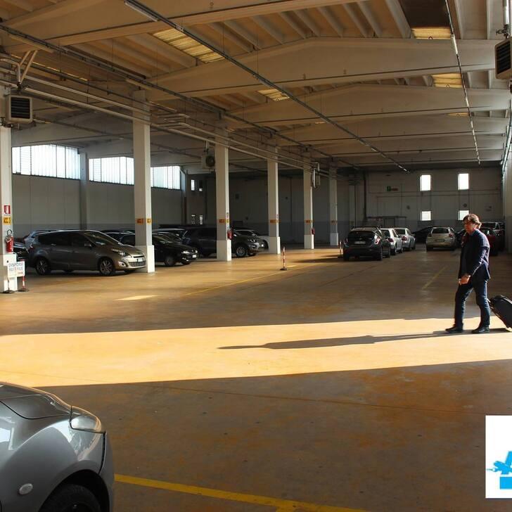 AZZURRO PARK Discount Car Park (Covered) Grassobbio