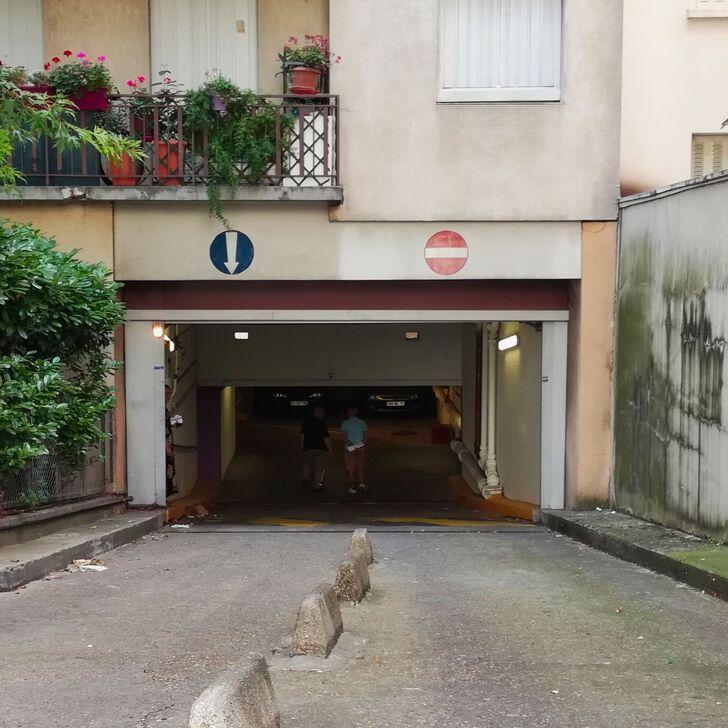 Privatgelände Parkplatz RUE DE L'AMIRAL MOUCHEZ (Überdacht) Paris