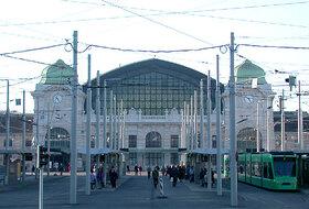 Parkeerplaatsen Station Basel SBB in Bâle - Boek tegen de beste prijs