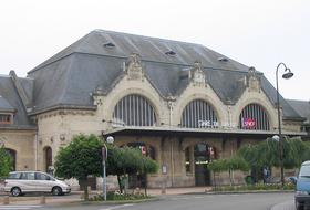 Parkings Gare de Dreux à Dreux - Réservez au meilleur prix