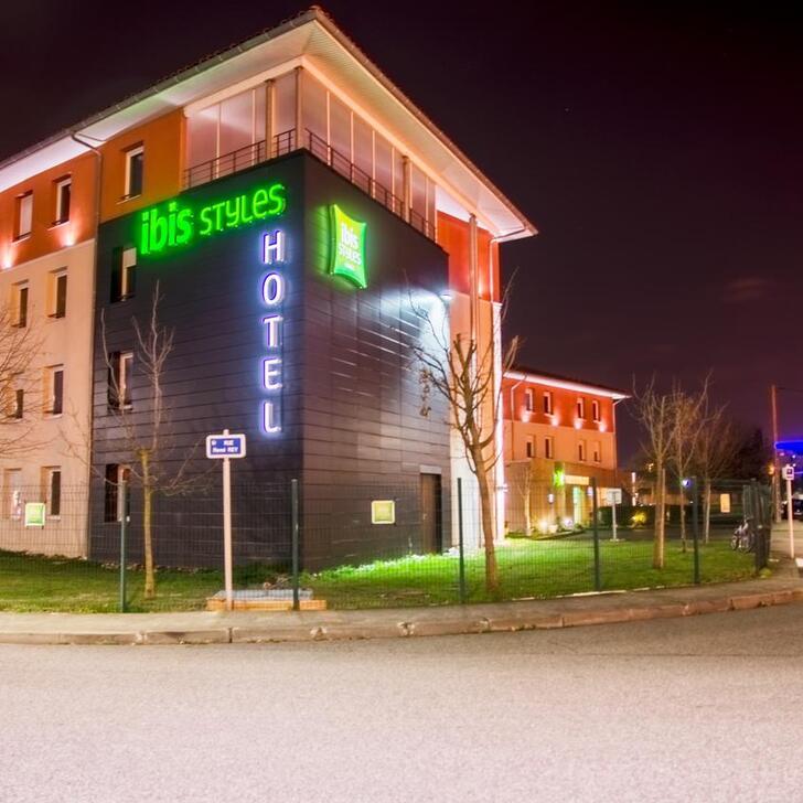 Parking Hôtel IBIS STYLES TOULOUSE BLAGNAC AÉROPORT (Extérieur) Blagnac