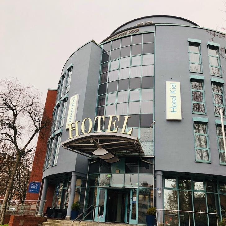 Parking Hotel HOTEL KIEL BY GOLDEN TULIP (Exterior) Kiel