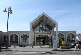 Parques de estacionamento Estação Vernon em Vernon - Reserve ao melhor preço