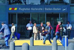 Parkhaus Flughafen Karlsruhe Baden-Baden in Karlsruhe : Preise und Angebote - Parken am Flughafen   Onepark