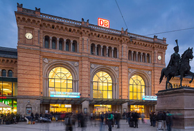 Parkplätze Hauptbahnhof Hannover in Hannover - Buchen Sie zum besten Preis
