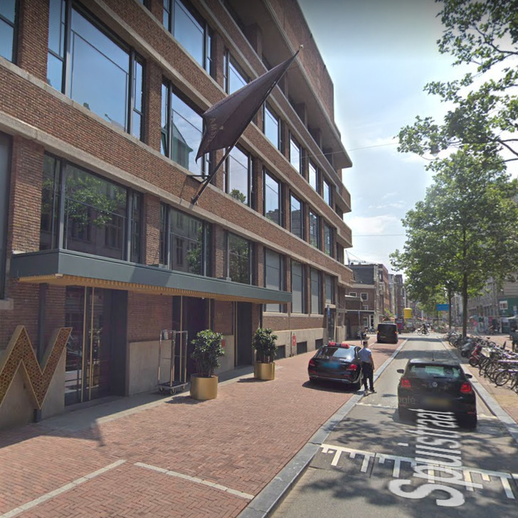 Parking Service Voiturier WEPARC - THE ROYAL PALACE (Couvert) Amsterdam