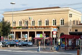 Parking Gare centrale de bologne à Bologne : tarifs et abonnements - Parking de gare | Onepark