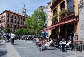 Estacionamento Cerca Calle Rafael de Riego: Preços e Ofertas  | Onepark