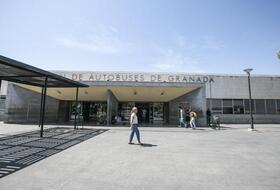 Parques de estacionamento Estación de autobuses de Granada em Granada - Reserve ao melhor preço