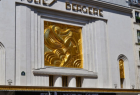 The Folies Bergère Theater car parks in Paris - Ideal for shows