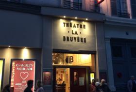 Parques de estacionamento Théâtre La Bruyère em Paris - Ideal para espectáculos