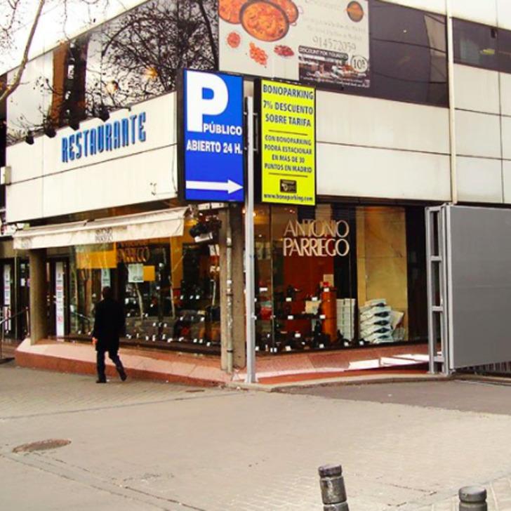 Parking Officiel REAL MADRID C.F. ESTADIO SANTIAGO BERNABEU 'LA ESQUINA BERNABEU' (Couvert) Madrid
