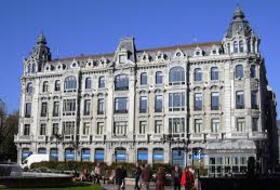 Plaza Escandalera car parks in Oviedo - Book at the best price