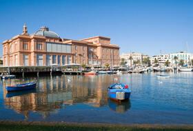 Parkings à Bari - Réservez au meilleur prix