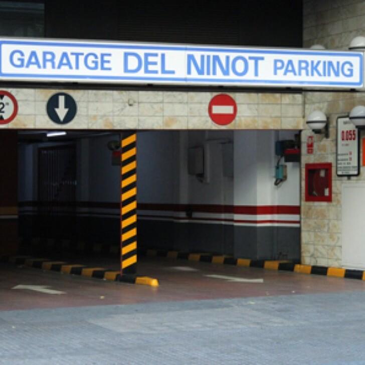 Parking Público GARATGE DEL NINOT (Cubierto) Barcelona