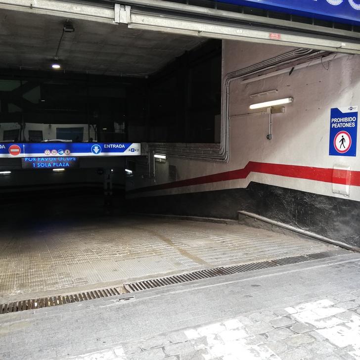 APK2 APARCAMIENTO MAGDALENA Public Car Park (Covered) Sevilla