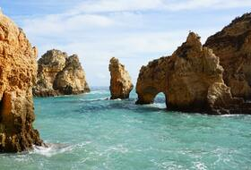 Car parks in Faro - Book at the best price