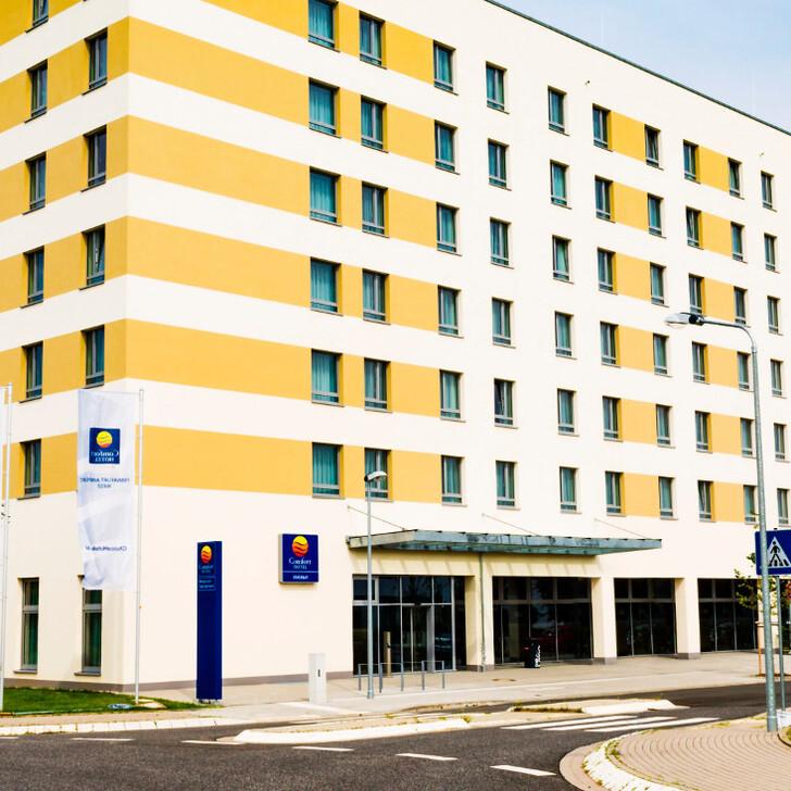 Parking Hôtel COMFORT HOTEL FRANKFURT AIRPORT WEST (Couvert) Kelsterbach