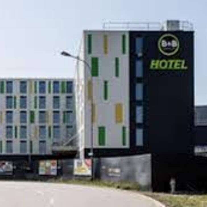 Parking Hôtel B&B HOTEL ZÜRICH AIRPORT RÜMLANG (Extérieur) Rümlang