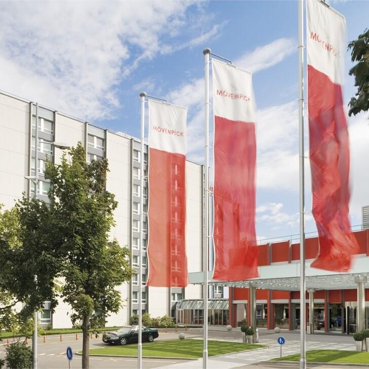 Parking Hotel MÖVENPICK HOTEL ZÜRICH AIRPORT (Exterior) Opfikon