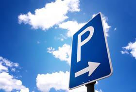 Parkeerplaatsen Où réserver un abonnement ? in  - Boek tegen de beste prijs