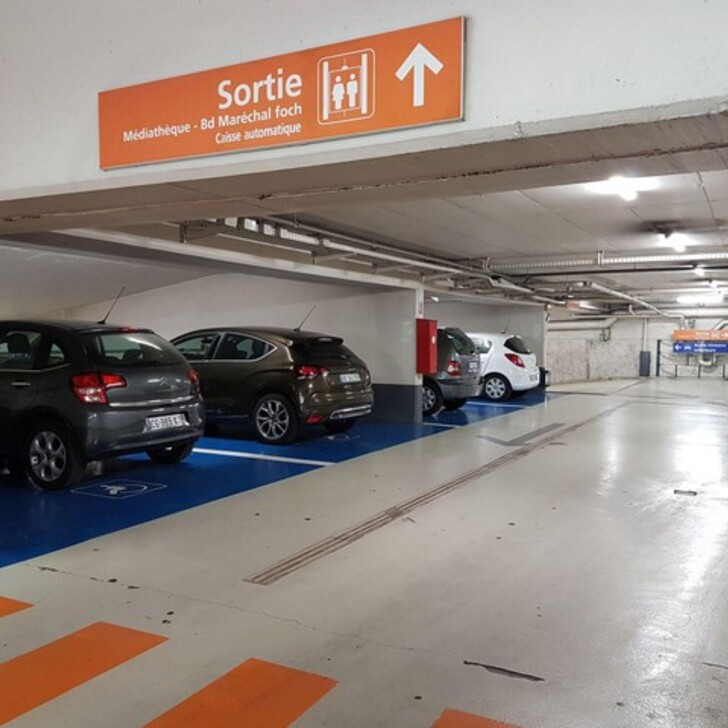 Parking Oficial EFFIA MÉDIATHÈQUE D'ANTIBES (Cubierto) Antibes