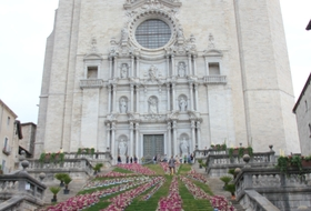 Catedral de Girona car parks in Girona - Book at the best price